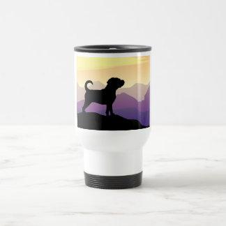 Perro de Puggle de las montañas púrpuras Tazas De Café
