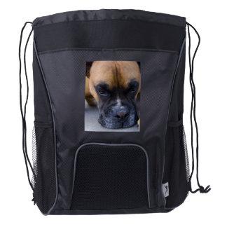 Perro de reclinación del boxeador mochila de cordón