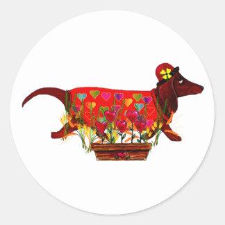 Perro de Weiner de la tarjeta del día de San Pegatina Redonda