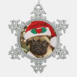 Perro del barro amasado del navidad adorno de peltre en forma de copo de nieve