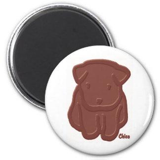 Perro del chocolate imán redondo 5 cm