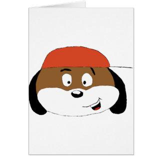 Perro del dibujo animado con la gorra de béisbol tarjeta de felicitación