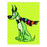 Perro del dibujo animado que lleva una bufanda tarjeta postal