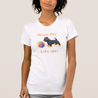 Perro del escocés del día de la playa tshirts