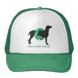 Perro del gorra del camionero en Floatie