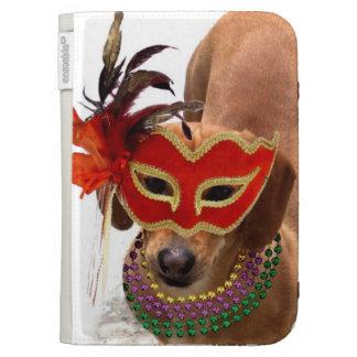 Perro del perro de patas muy cortas del carnaval