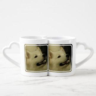 Perro del samoyedo tazas para enamorados