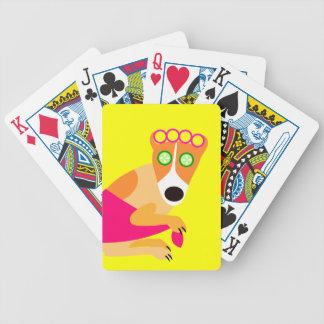 Perro divertido del balneario en bigudíes cartas de juego