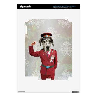 Perro divertido en uniforme del rojo pegatina skin para iPad 3