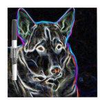 Perro esquimal de neón pizarras blancas de calidad