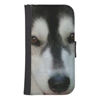 Perro esquimal lindo carteras para teléfono