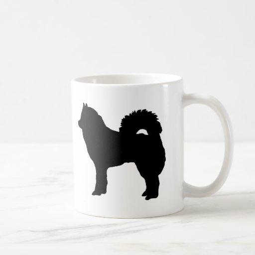 Perro eurasiático taza clásica