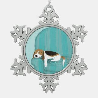 Perro feliz del sofá - beagle soñoliento lindo adornos