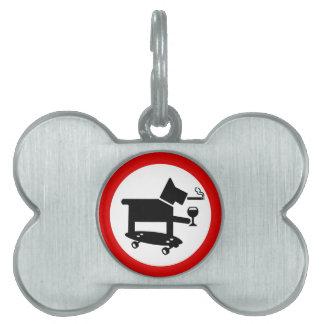 Perro impresionante placa de nombre de mascota