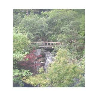 Perro japonés del jardín libretas para notas