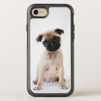 Perro joven lindo del barro amasado funda OtterBox symmetry para iPhone 7