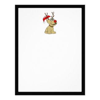 Perro lindo del reno del navidad con las astas plantilla de membrete