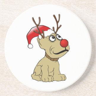 Perro lindo del reno del navidad con las astas posavasos personalizados