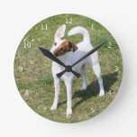 Perro liso, foto hermosa linda del fox terrier reloj de pared