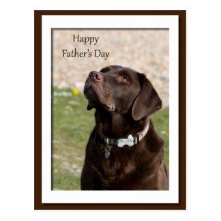 Perro marrón de Labrador del día de padre Postal
