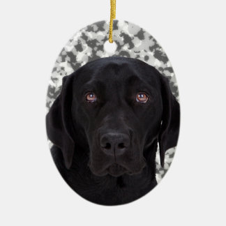 Perro negro del labrador retriever ornamentos de navidad