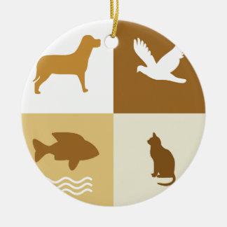 Perro, pájaro, gato y pescados adorno redondo de cerámica