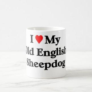Perro pastor inglés viejo taza básica blanca