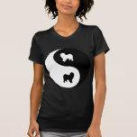 Perro pastor inglés viejo Yin Yang Camiseta