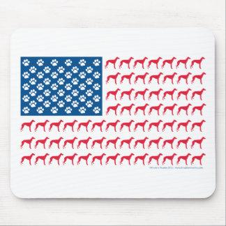 Perro patriótico del galgo alfombrillas de ratón