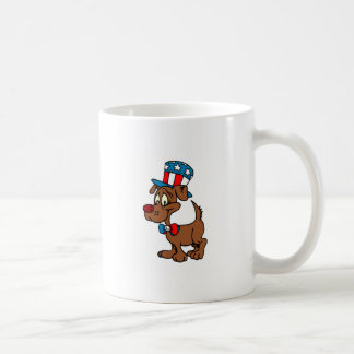 Perro patriótico taza básica blanca