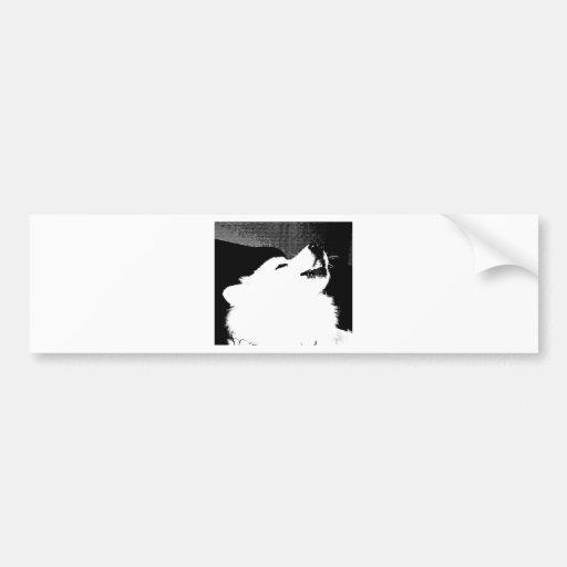 Perro peludo hermoso del blanco del samoyedo etiqueta de parachoque