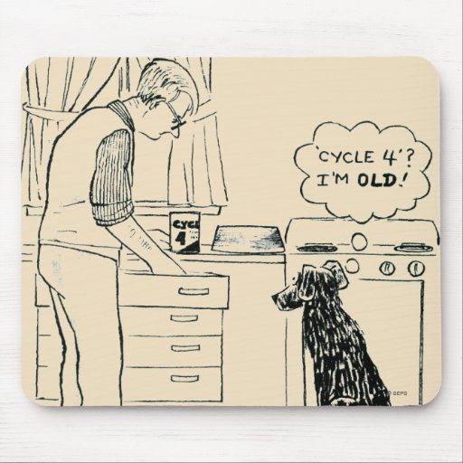 Perro que consigue más viejo tapetes de ratones