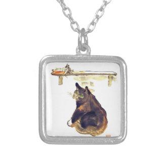 Perro ratonero ocioso - un gato nombrado Terrance Pendiente Personalizado