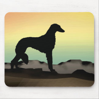 Perro Saluki del desierto Alfombrillas De Raton