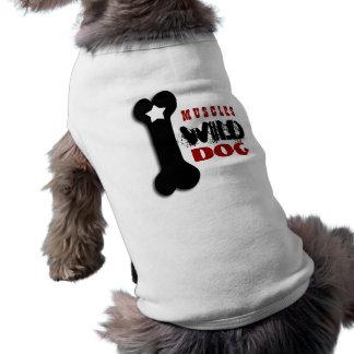 PERRO SALVAJE con el hueso de perro y la estrella Camiseta De Perrito