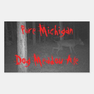 Perro salvaje Michigan puro de la cerveza de Pegatina Rectangular