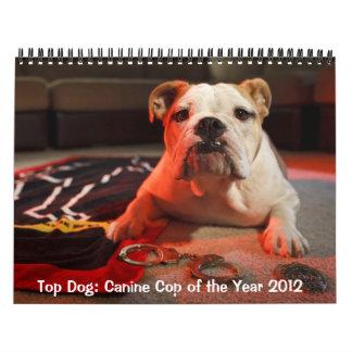 Perro superior: Poli canino del calendario del año