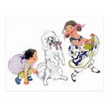 Perro y chica del baile tarjetas postales