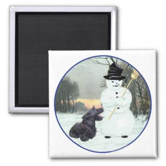 Perro y muñeco de nieve del escocés imán cuadrado