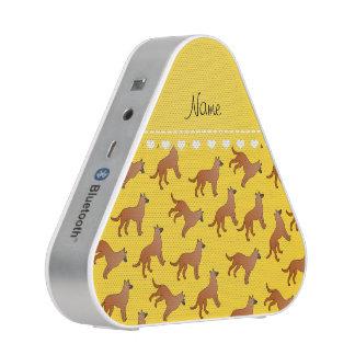 Perros amarillos conocidos personalizados de los altavoz