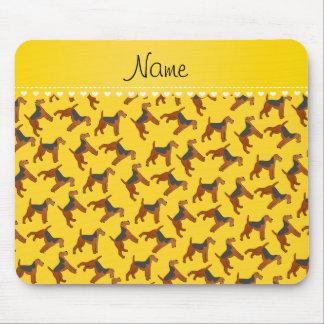 Perros amarillos conocidos personalizados de los tapetes de raton