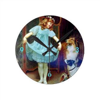 Perros caseros del collie del vestido del chica reloj redondo mediano
