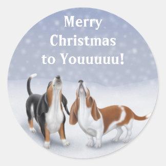 Perros de afloramiento de las Felices Navidad Etiqueta Redonda
