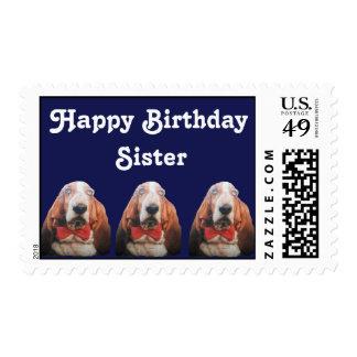 Perros de afloramiento del feliz cumpleaños del estampillas