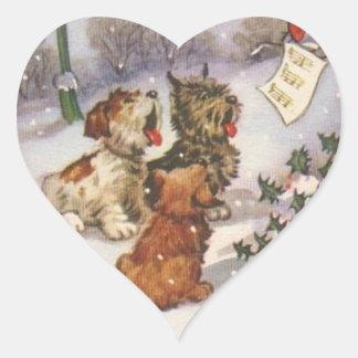 Perros de Caroling en la nieve Pegatina En Forma De Corazón