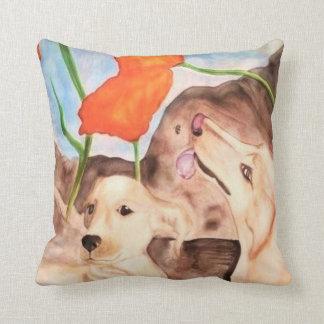 Perros de Kissen `` - vivir en aquí y now´´ Cojines