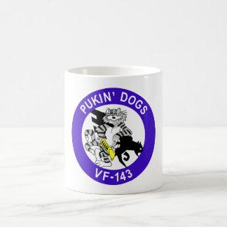 Perros de VF-143 Pukin Tazas De Café