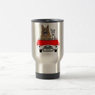 Perros en el asiento de conducción taza térmica