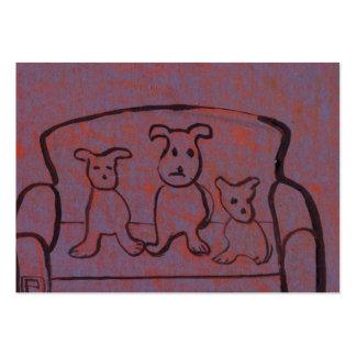 (Perros en una tarjeta de visita del settee)