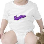Perros esquimales en púrpura traje de bebé